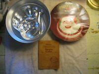 Wilton vintage cake pan mold NOS new sealed 1977 HOLIDAY SANTA Multi 2105-387