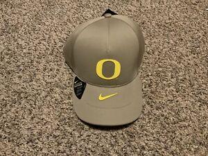 Nike Oregon Ducks 2020 LEGACY91  Strapback Cap 1Size Tan/Yellow Shield Hat