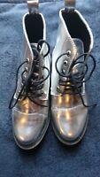 Damen Stiefel,Boots,Schuhe in Silber. Karneval. Gr.38 - 7