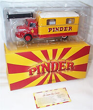 Pinder Circus UNIC 51 Kitchen Truck 1-43 scale NEW Dans Box directement collection