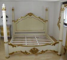 Cadre lit queen size 160X200 beige et doré à la feuille d'or, d'un château