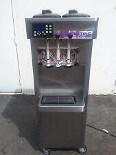 2011 Stoelting F231 Soft Serve Frozen Yogurt Ice Cream Machine Warranty 1ph H2O