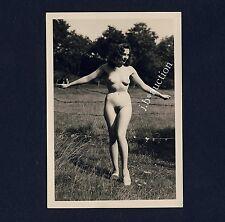 #341 RÖSSLER AKTFOTO / NUDE WOMAN STUDY * Vintage 1950s Outdoors Photo - no PC !