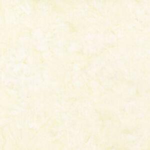 Robert Kaufman Artisan Batiks Prisma Dyes Ivory Watercolor Texture