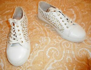 KURT GEIGER WHITE/GOLD LADIES TRAINERS UK SIZE 7/ EU SIZE 40 PRE-LOVED