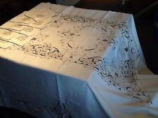 Superbe nappe ancienne + 8 serviettes, entièrement brodé, couleur bis