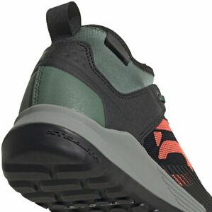 Five Ten Trailcross XT Flat Shoe  -  Women's, Green Oxide/Core Black/Dove Grey,