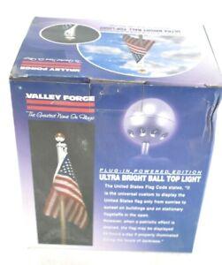 """Valley Forge BTHWL-8 Brushed Aluminum Gold 110V Flag Pole Light 5"""" H x 4"""" L"""