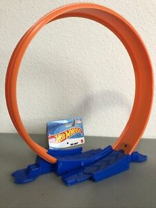 Hot Wheels - New -  HT Loop Track - US Stock - Free Shipping