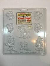 Vintage Walt Disney's Mickey Mouse And Friends Candy Mold Wilton 2124-1781