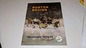 1970-71 Boston Bruins NHL Hockey Yearbook Bobby Orr