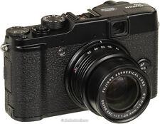 Fujifilm x10 FinePix X Series X10 12.0 MP F2 LENS Digital Camera -AS NEW.