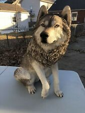Sandicast 1998 Adult Gray Wolf Sculpture J904