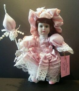 """Show Stoppers Little Darling Victorian F556 Pink Dress Brown Hair Porcelain 6"""""""