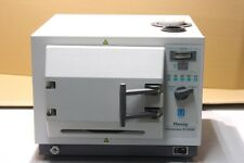Occasion : Sterilisateur autoclave a usage dentaire HARVEY CHEMICLAVE EC5500