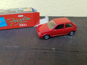 Ford fiesta xr2i Modell 1:43 Schabak