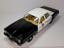 1/18 GREENLIGHT ARTISAN 1977 DODGE MONACO SEDAN THE TERMINATOR LA POLICE CAR