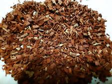 Eclats fins de bois de santal rouge - 100 grammes
