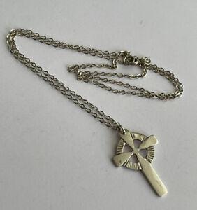 Vintage Sterling Silver Celtic Cross Pendant & 20 Inch Chain 4.7 Gram
