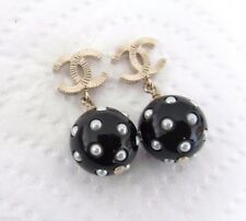 2016 CHANEL GOLD CC LOGO PEARL BLACK & WHITE PIERCED EARRINGS AUTHENTIC NWT
