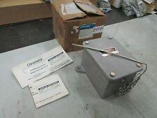 Chromalox Moisture Resistant Thermostat Type: AR-5529LT 200-550F 277 VAC (NIB)