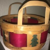 Christmas Basket W/ Handle Rattan Woven Oval Red & Green Trees Collectible