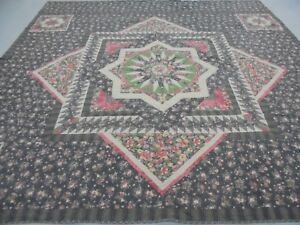 Nice Red, Black & Green California King Table Top Exploding Star Quilt