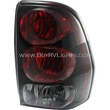 NEWMAR ESSEX 2004 2005 2006 2007 RIGHT PASSENGER TAIL LAMP LIGHT TAILLIGHT RV
