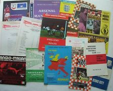 MIXED BATCH OF OLD FOOTBALL PROGRAMMES - VARIOUS