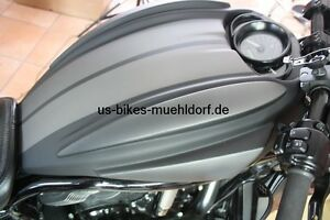 Night Rod  - V Rod Custom Airboxcover mit Ram