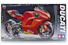 Tamiya Motorcycle Model 1/12 Motorbike Ducati Desmosedici Scale Hobby 14101