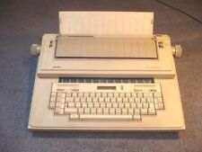 COLLECTIBLE ELECTRONIC TYPEWRITER OLIVETTI ET70 EXCELLENT WORKING CONDITION!