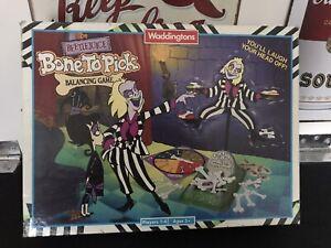 1990 BEETLEJUICE Bone to Pick Balancing Game by Waddingtons Complete