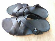 FITFLOP SKINNY CRISS-CROSS SLIDE SIZE 6.5/40 BLACK LEATHER SANDALS WORN TWICE