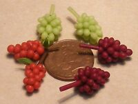 1:12 Scale 6 Bunches Of Mixed Grapes Dolls House Miniature Food Fruit Accessory