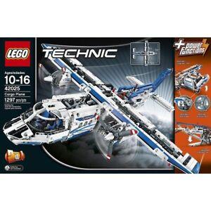 Lego Technic Cargo Plane (42025) Retired