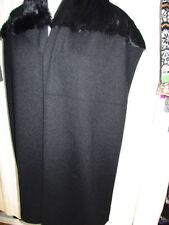 Écharpes et châles noire en fourrure pour femme