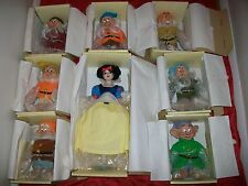 Disney Snow White and 7 Dwarfs Porcelain Doll Set Limited Edition