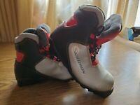 Salomon SNS Profil RED GREY Junior Cross Country SKI Boots size 1.5