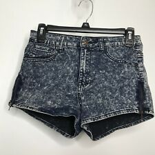 Forever 21 Denim Acid Wash Booty Shorts Size 26 Side Zippers 5 Pockets Stretch