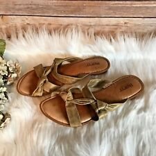 Women's BORN Leather Beige Knotted Sandals - Size 8