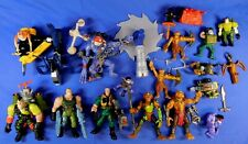 SMALL SOLDIERS FIGURE AND VEHICLE LOT 1998 KENNER