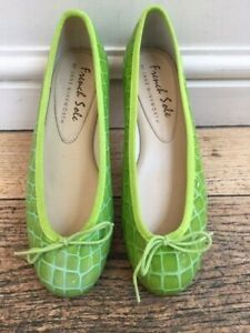 French Sole Henrietta Lime Green Patent Croc EU 37/ UK 4