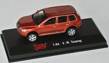 Malibu Int´l - VW VOLKSWAGEN TOUAREG - copper metallic - 1:64