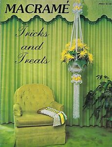 Vtg 1976 Macrame Tricks and Treats Book TT100 Plant Pot Hanger Patterns