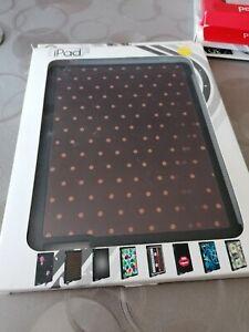 Coque iPad 3D Silicone neuve point