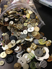 KILLER LOT!!!  5 lbs MIXED LOT OF ALL TYPES OF BUTTONS