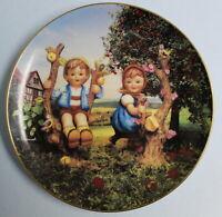 "MJ Hummel Danbury Mint Collector Plate ""Apple Tree Boy and Girl"" # VB3718 EUC"