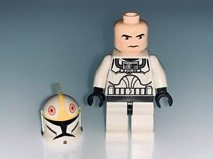LEGO STAR WARS CLONE PILOT WITH CLONE TROOPER HEAD AND HELMET - NEW