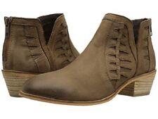 Brand New Charles by Charles Women's David Yuma Nubuck Ankle Boots Sz 6.5